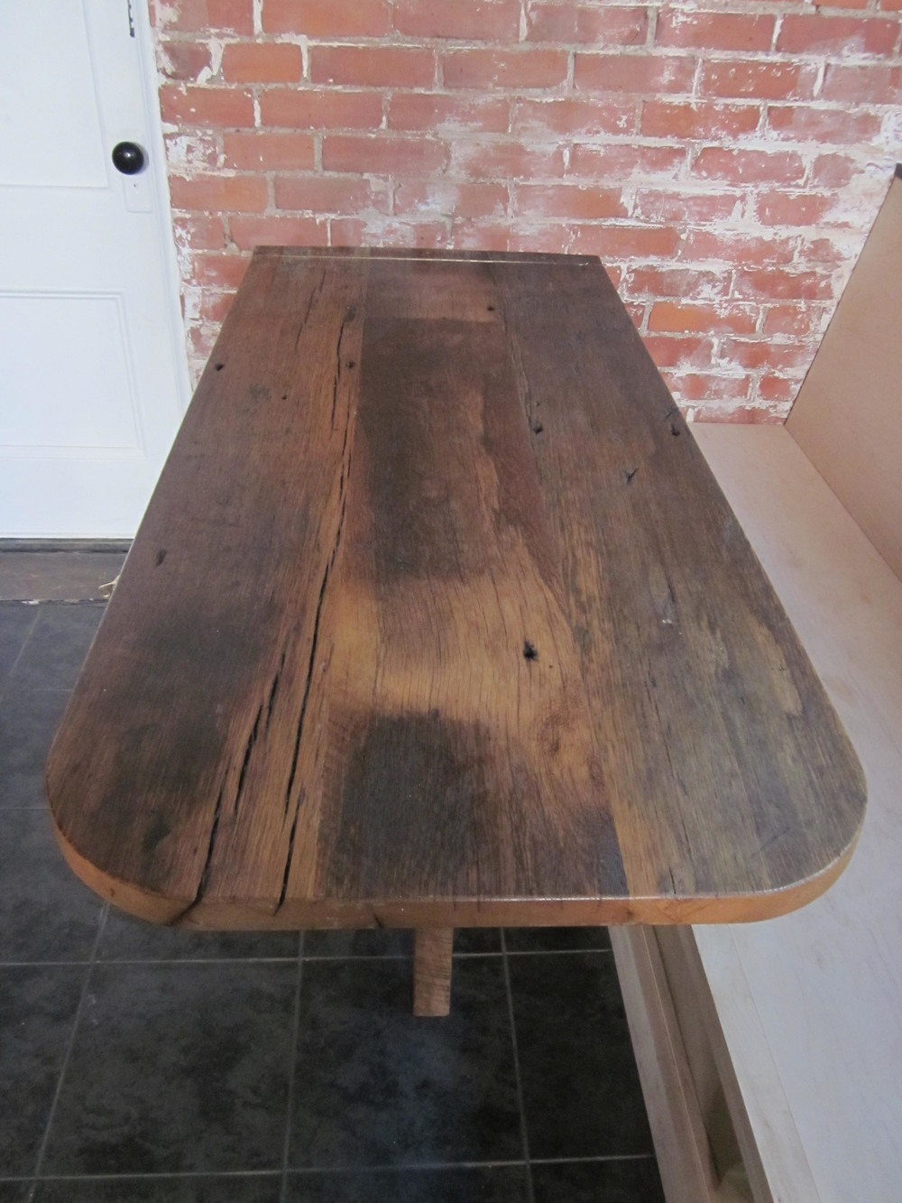 Reclaimed wood table top round reclaimed wood dining table for Reclaimed wood furniture los angeles